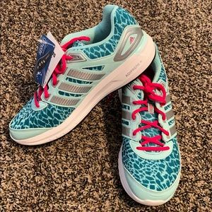 NWT FINAL MARKDOWN Adidas Running Shoe